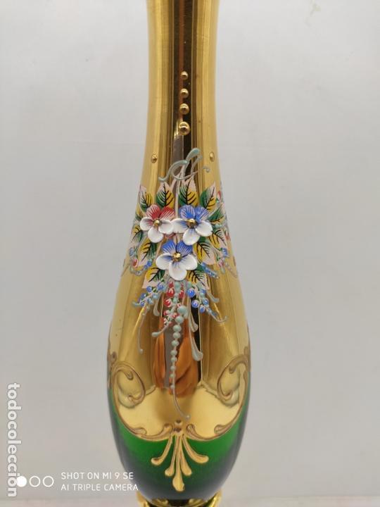 Antigüedades: Violetero antiguo en cristal de murano con flores de porcelana en relieve y detalles de oro 24k . - Foto 7 - 171829625