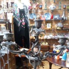Antigüedades: DOS CANDELABROS DE TRES BRAZOS.. Lote 172008620