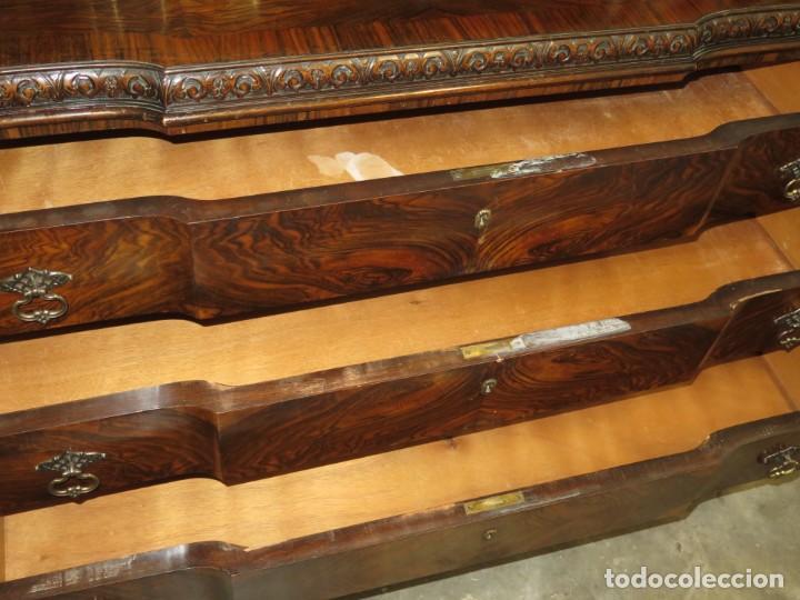 Antigüedades: ANTIGUA COMODA CON PRECIOSA CHAPA DE RAIZ. AÑOS 30-40 - Foto 3 - 172008987