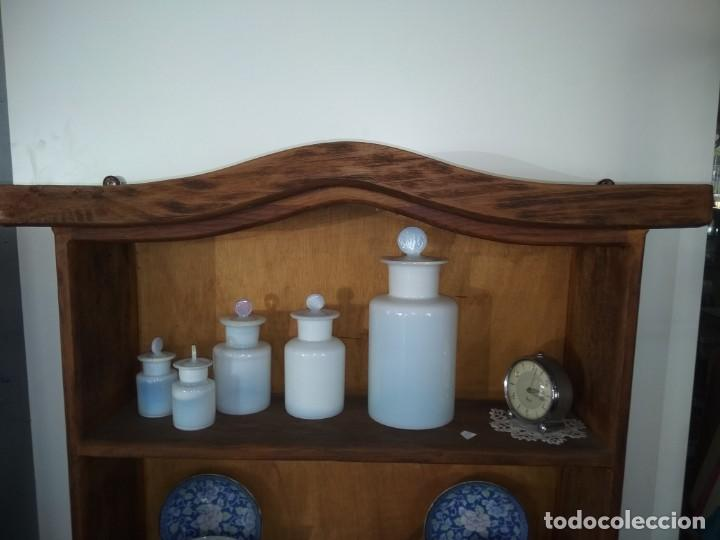 Antigüedades: Precioso mueble para colgar de madera cruda, excelente estado - Foto 4 - 172009093