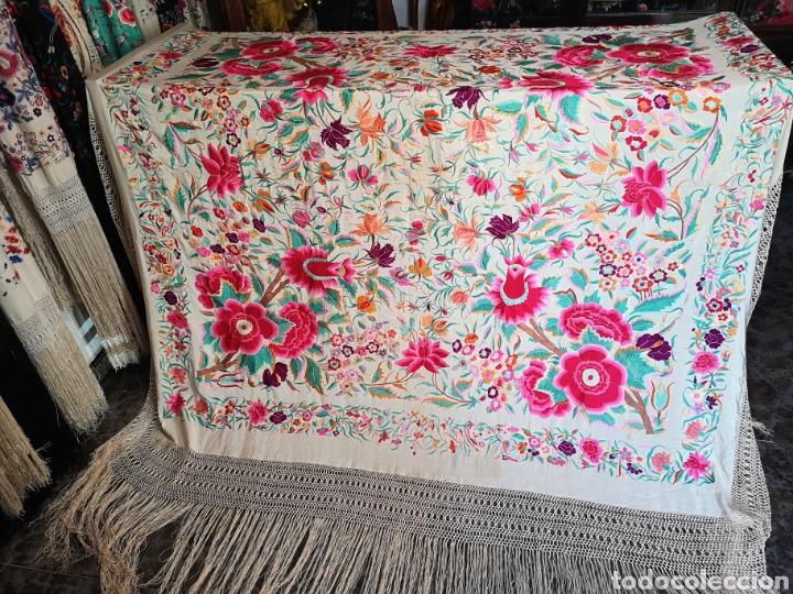 Antigüedades: Maravilloso mantón antiguo de tulipanes - Foto 2 - 172009580