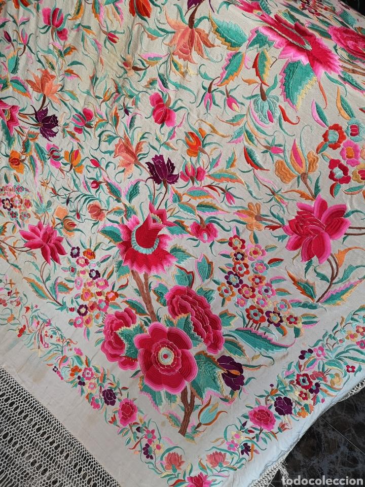 Antigüedades: Maravilloso mantón antiguo de tulipanes - Foto 4 - 172009580