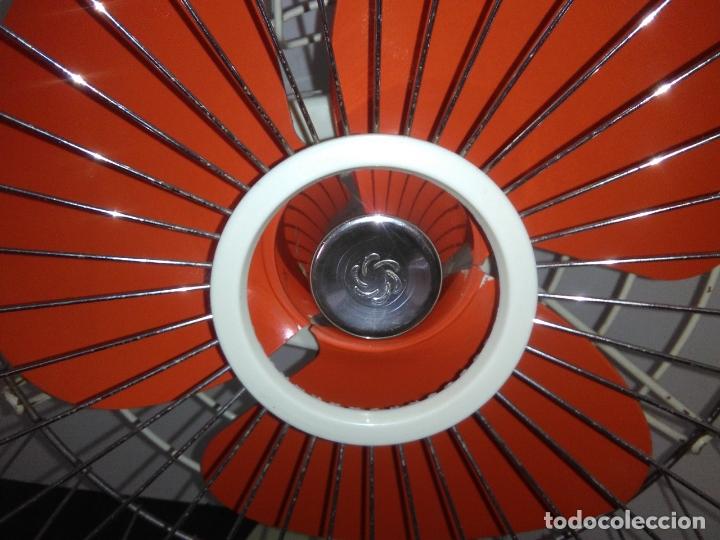 Antigüedades: Ventilador de sobremesa Jet 12 Blanco y naranja 3 velocidades vintage - Foto 4 - 172011433