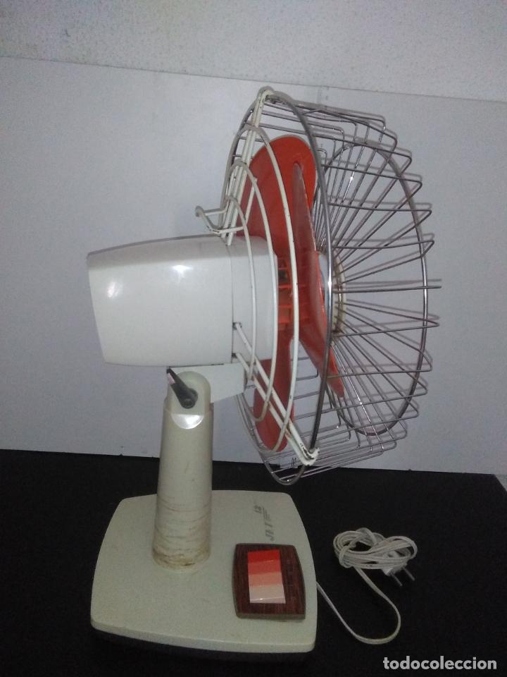 Antigüedades: Ventilador de sobremesa Jet 12 Blanco y naranja 3 velocidades vintage - Foto 13 - 172011433
