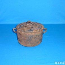 Antigüedades: ANTIGUA OLLA - CAZUELA - PUCHERO DE HIERRO FUNDIDO.Nº 5.. Lote 172020099
