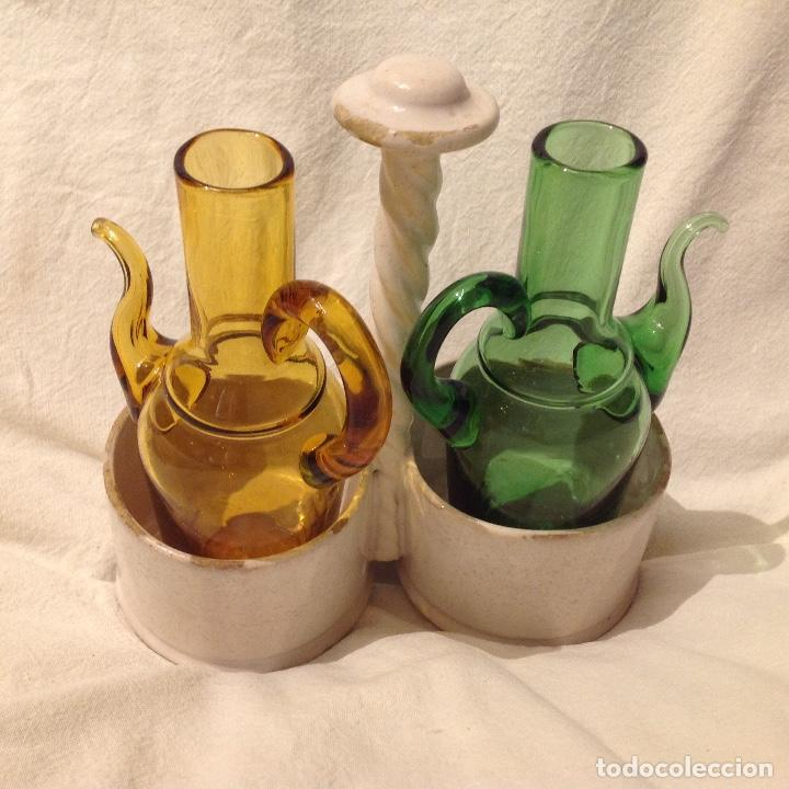 Antigüedades: Convoy aceite/vinagre, soporte en cerámica de Alcora del s. XIX - Foto 3 - 172028062
