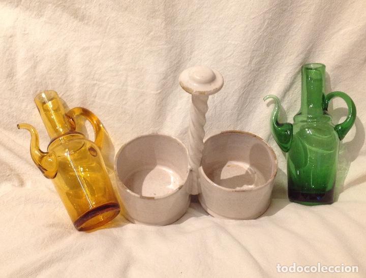 Antigüedades: Convoy aceite/vinagre, soporte en cerámica de Alcora del s. XIX - Foto 4 - 172028062