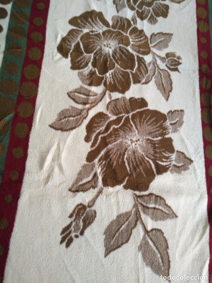 Antigüedades: antigua colcha manta de invierno para cama - floral reversible 225x147 cm - Foto 5 - 172068574