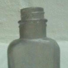 Antigüedades: ANTIGUO FRASCO MEDICINAL . Lote 172069169