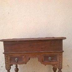 Antigüedades: COSTURERO ANTIGUO.ESTILO ALFONSINO.MEDIDA 45X60 CM Y70 ALTURA.. Lote 172120028