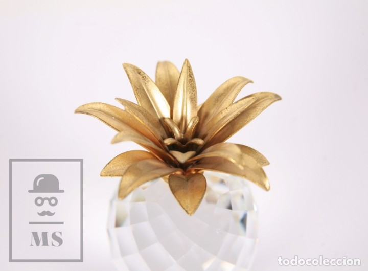Antigüedades: Piña de Cristal Swarovski Facetado con Aplique Dorado - Marcada en Base - Altura 10,5 cm - Foto 4 - 172143215