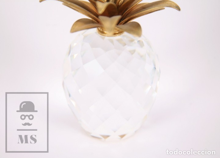 Antigüedades: Piña de Cristal Swarovski Facetado con Aplique Dorado - Marcada en Base - Altura 10,5 cm - Foto 5 - 172143215