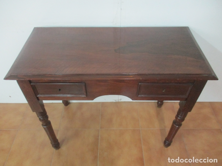MESA DE DESPACHO ISABELINA - MADERA DE PINO - LARGO 98 CM, ANCHO - 48 CM - PERFECTA (Antigüedades - Muebles Antiguos - Mesas de Despacho Antiguos)