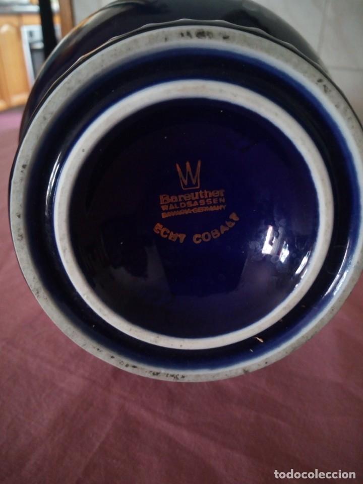 Antigüedades: Antiguo jarron de porcelana azul cobalto, bareuther waldsassen bavaria germany.echt cobalt - Foto 5 - 172183252