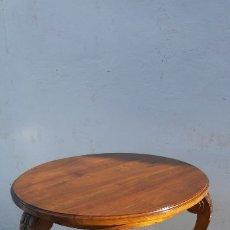 Antigüedades: MESA AUXILIAR DE MADERA NOBLE . Lote 172202047