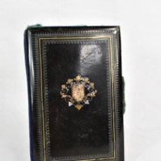 Antigüedades: CARNÉ DE BAILE NAPOLEÓN III 1850 CAREY. MADREPERLA. Lote 172213750