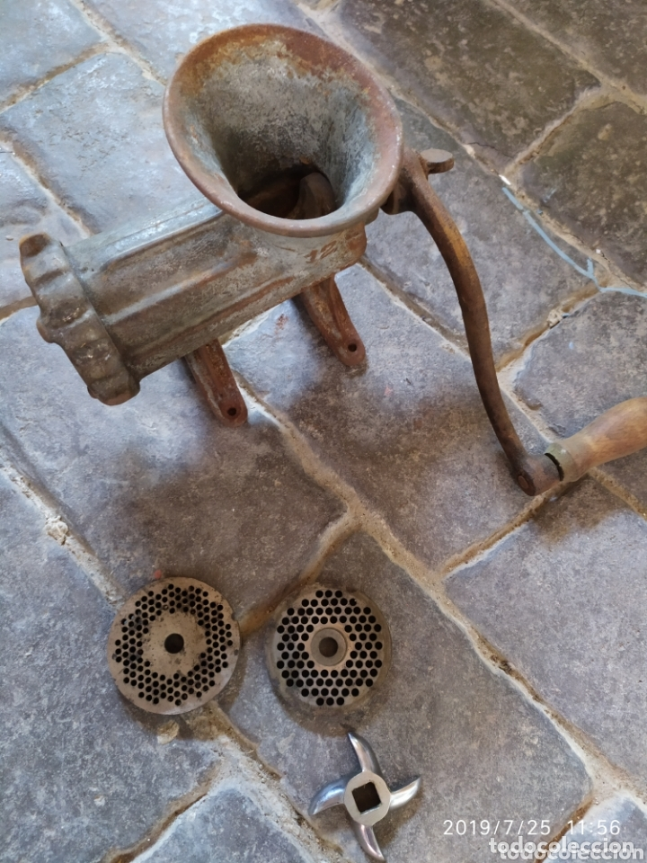 PICADORA DE CARNE (Antigüedades - Técnicas - Rústicas - Utensilios del Hogar)