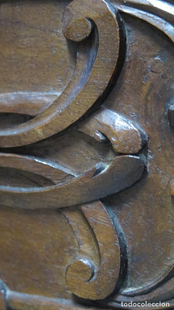Antigüedades: ANTIGUA COMODA DE MADERA TALLADA. NOGAL Y ROBLE. AÑOS 30 - Foto 8 - 172214407