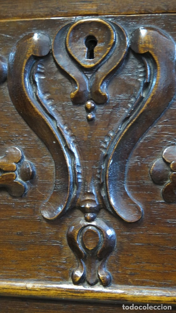 Antigüedades: ANTIGUA COMODA DE MADERA TALLADA. NOGAL Y ROBLE. AÑOS 30 - Foto 13 - 172214407
