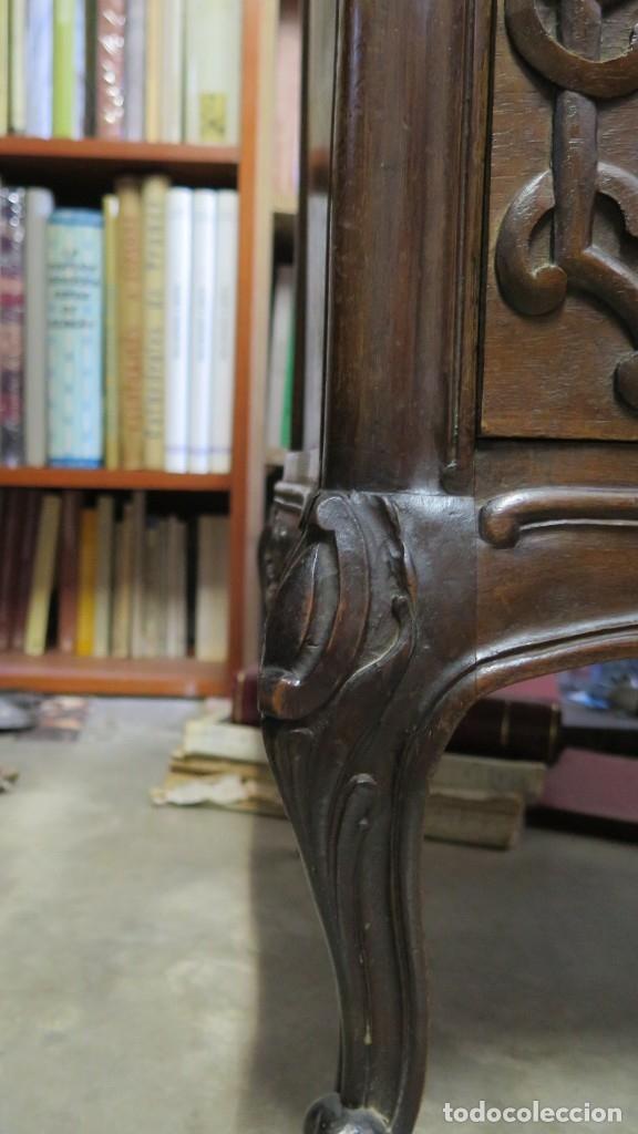 Antigüedades: ANTIGUA COMODA DE MADERA TALLADA. NOGAL Y ROBLE. AÑOS 30 - Foto 17 - 172214407