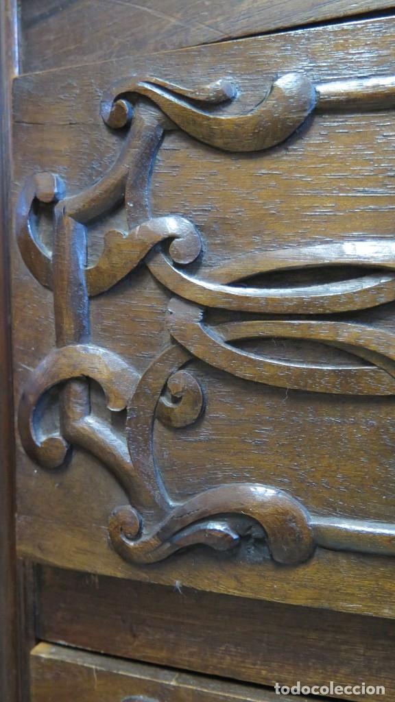 Antigüedades: ANTIGUA COMODA DE MADERA TALLADA. NOGAL Y ROBLE. AÑOS 30 - Foto 18 - 172214407