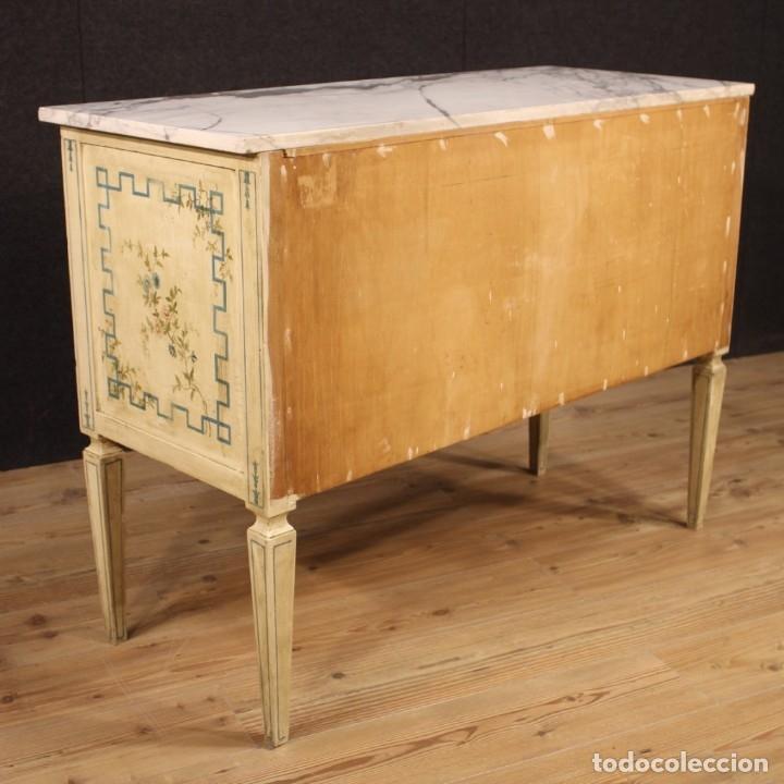 Antigüedades: Cómoda italiana de estilo Luis XVI en madera lacada y pintada - Foto 7 - 172223524