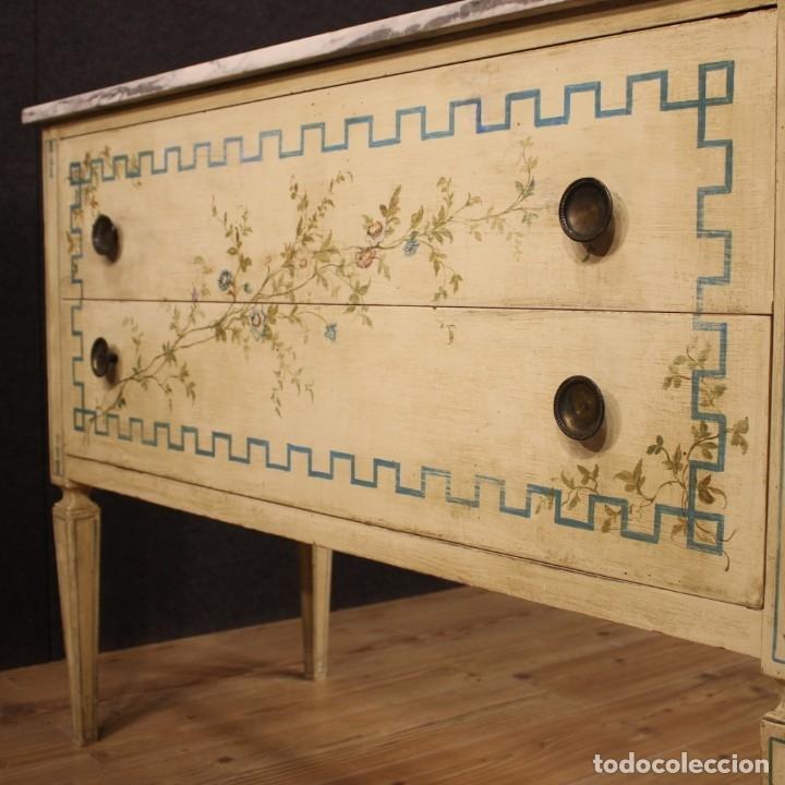 Antigüedades: Cómoda italiana de estilo Luis XVI en madera lacada y pintada - Foto 10 - 172223524
