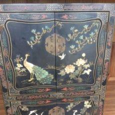 Antigüedades: MUEBLE CHINO DE SALÓN. Lote 172226875