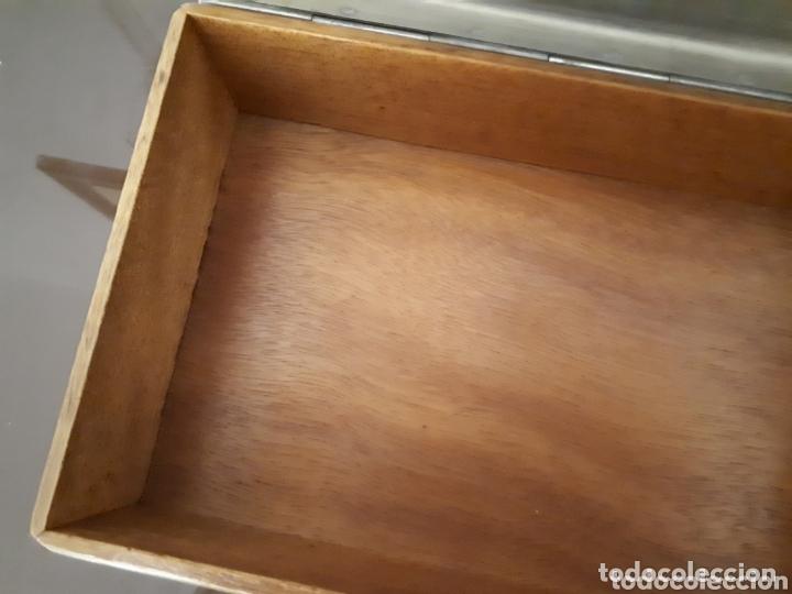 Antigüedades: Antigua caja de bronce, purera, interior en madera - Foto 6 - 172237745