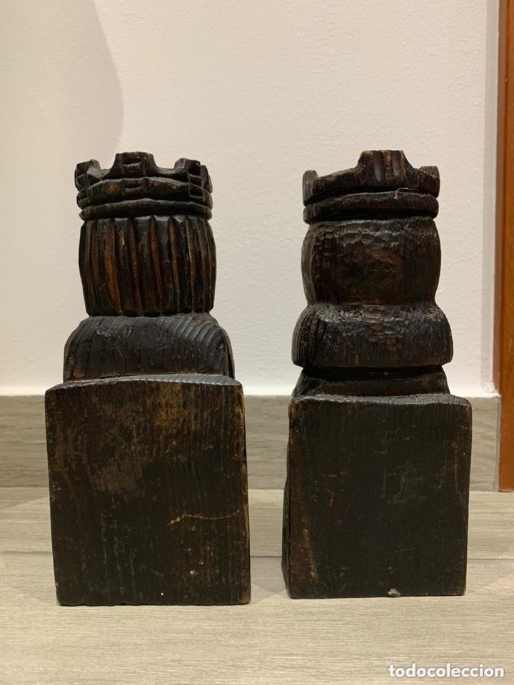 Antigüedades: Sujeta libros Rey y Reina de madera - Foto 3 - 172307774