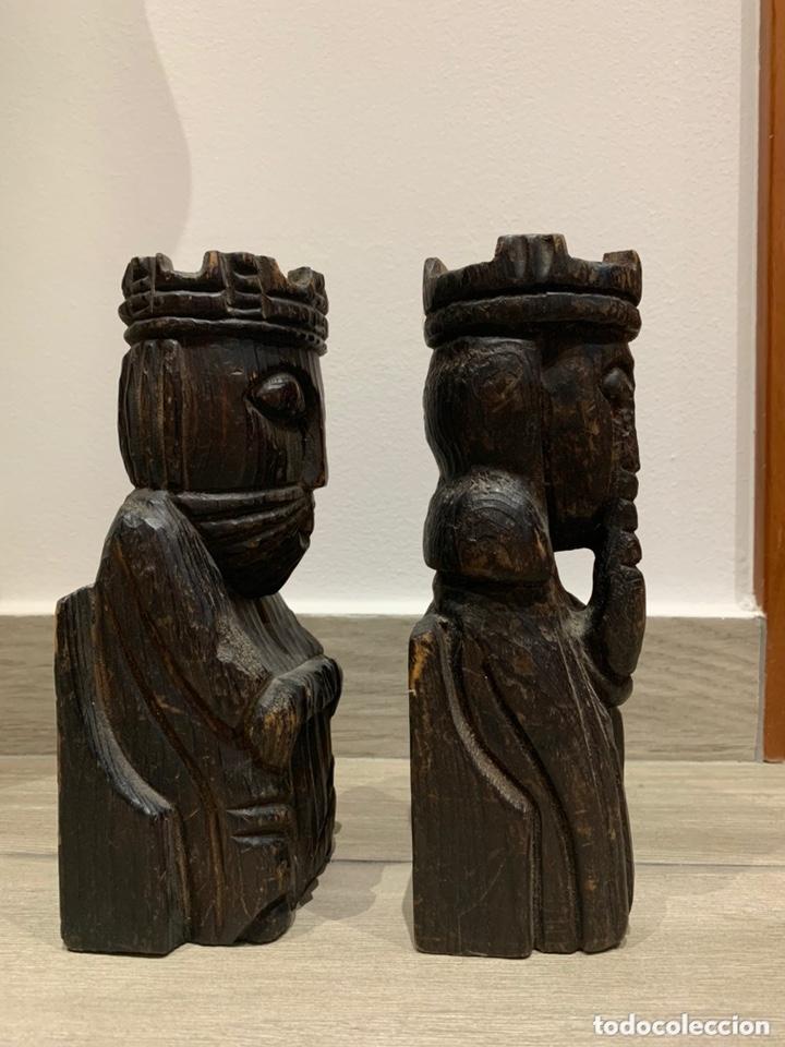 Antigüedades: Sujeta libros Rey y Reina de madera - Foto 4 - 172307774
