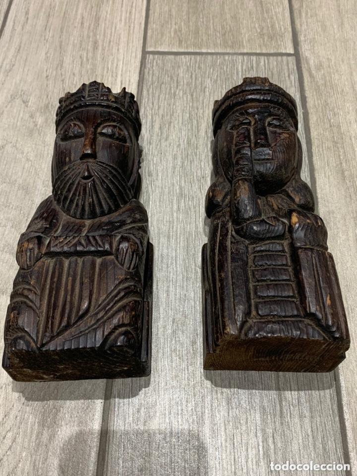 Antigüedades: Sujeta libros Rey y Reina de madera - Foto 6 - 172307774
