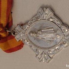 Antigüedades: ANTIGUA MEDALLA NIÑO JESUS DE PRAGA . Lote 172368624