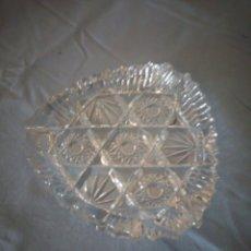 Antigüedades: PRECIOSO CENICERO DE CRISTAL DE BOHEMIA TALLADO Y SOPLADO,ESTRELLAS, REPÚBLICA CHECA. Lote 172378954