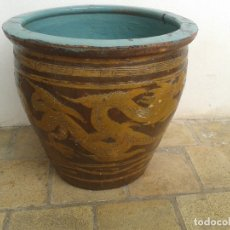 Antigüedades: MACETERO CHINO ANTIGUO MUY GRANDE. Lote 172386228