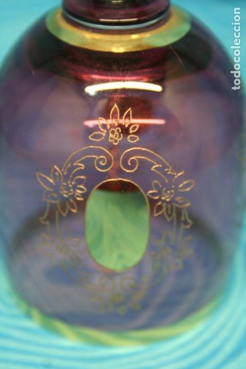 Antigüedades: CAMPANA CRISTAL POSIBLE BOHEMA CON GRABADOS AL ORO FINO - Foto 7 - 172408627
