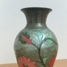 Antigüedades: JARRÓN BRONCE ESMALTADO 19CM. Lote 172411492