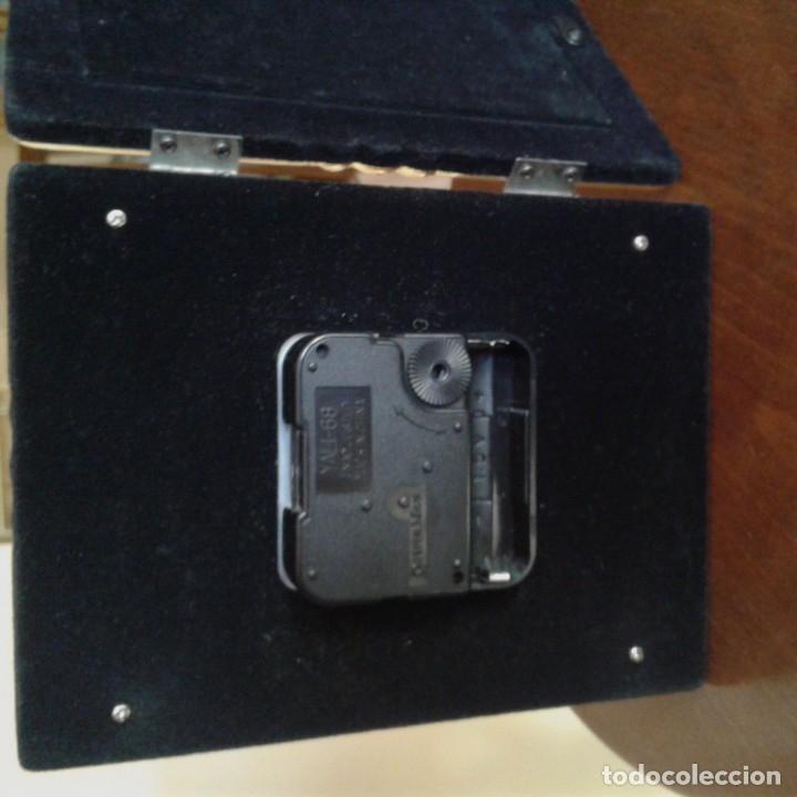 Antigüedades: Díptico en plata, con portafotos y reloj quartz - Foto 8 - 172430469