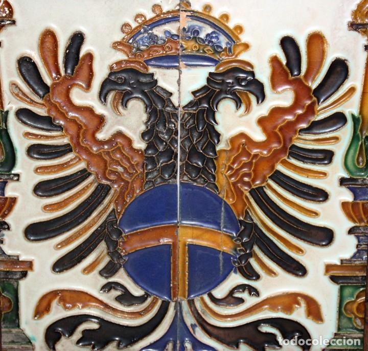 Antigüedades: PAREJA DE AZULEJOS DE PICKMAN - LA CARTUJA DE SEVILLA - CON CUÑO EN EL REVERSO - Foto 2 - 172482314
