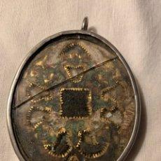 Antigüedades: FABULOSO RELICARIO SXVIII EN PLATA. Lote 172580818