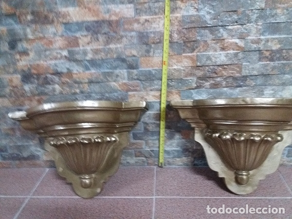PAREJA DE MÉNSULAS DE PASTA DE MADERA (Antigüedades - Muebles Antiguos - Ménsulas Antiguas)