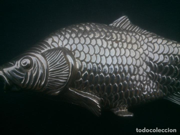 Antigüedades: Antiguo Servilletero Plateado Forma de Pez. Silverplated. Años 70 - Foto 3 - 172589868