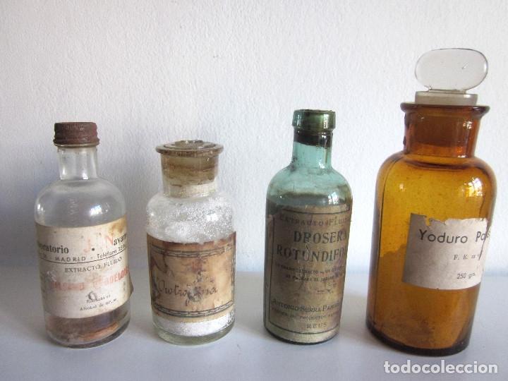 Antigüedades: Excelente lote 17 frascos antiguos cristal farmacia botica y barrita Brull principios siglo XX - Foto 11 - 172614105