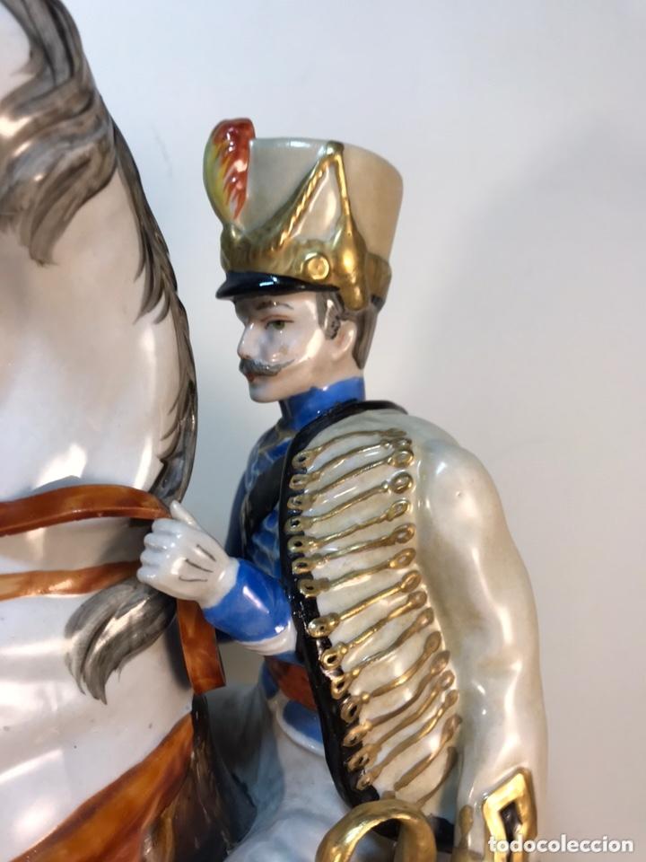 Antigüedades: Figura Porcelana- Álvarez- Jinete Caballo Rampante- 30 cm - Foto 5 - 172636234