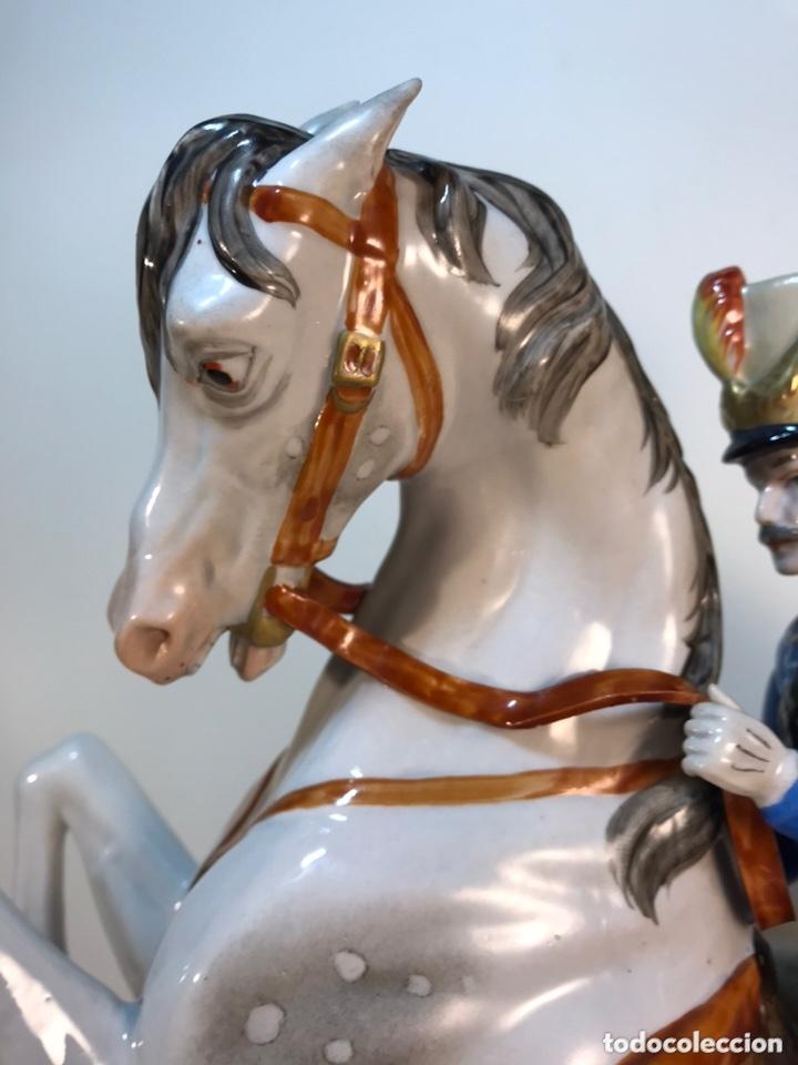 Antigüedades: Figura Porcelana- Álvarez- Jinete Caballo Rampante- 30 cm - Foto 6 - 172636234