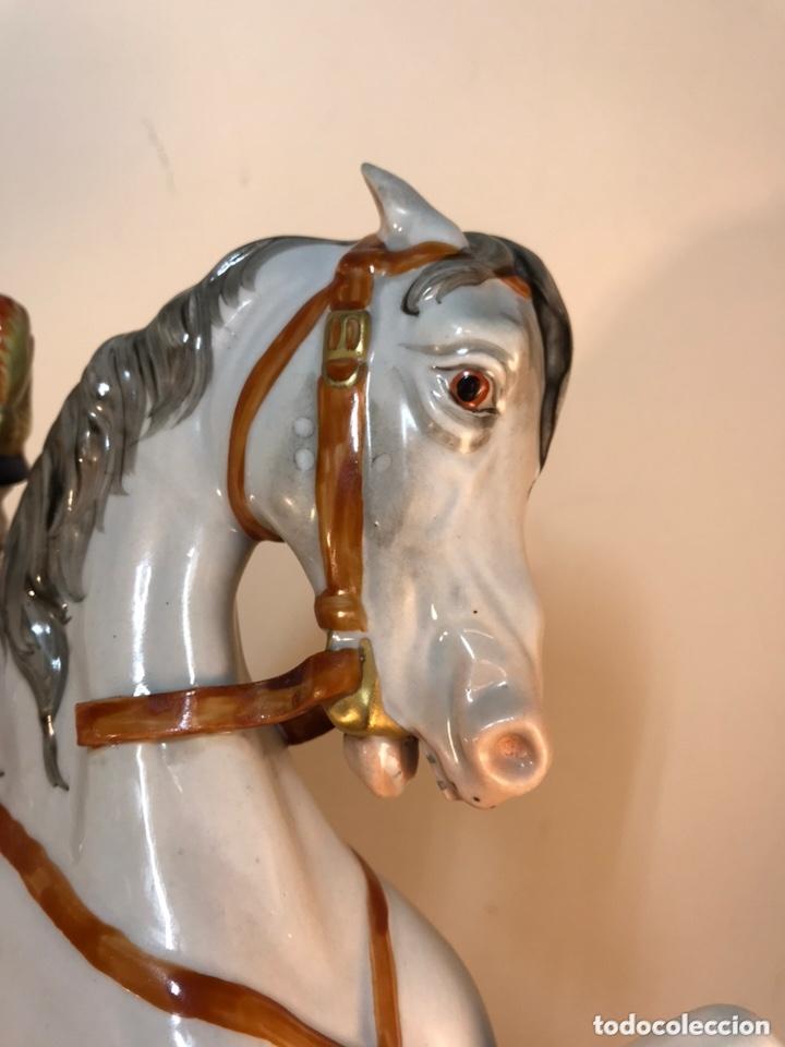 Antigüedades: Figura Porcelana- Álvarez- Jinete Caballo Rampante- 30 cm - Foto 26 - 172636234