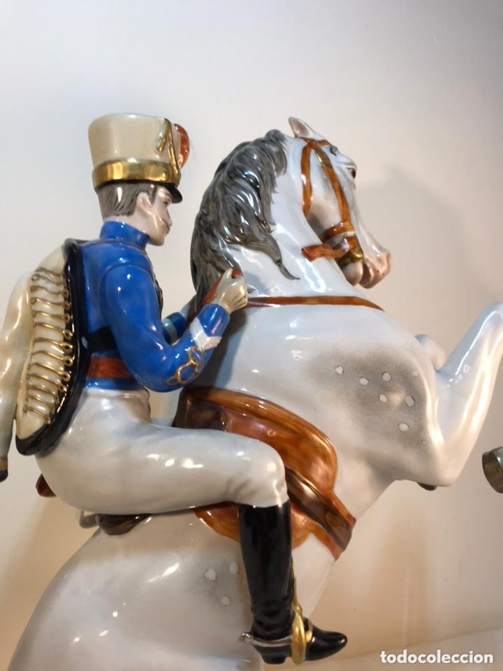 Antigüedades: Figura Porcelana- Álvarez- Jinete Caballo Rampante- 30 cm - Foto 31 - 172636234
