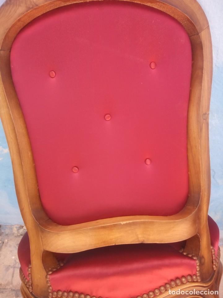 Antigüedades: Antigua pareja de sillas de roble talladas,isabelinas,tapizado de raso rojo ,de muelles,siglo xix - Foto 12 - 172637758