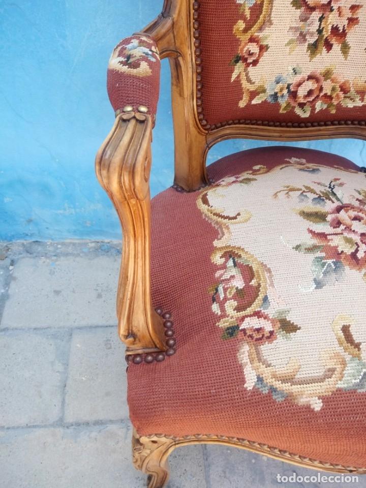 Antigüedades: Antiguo sillon de roble tallado,tapizado bordado a mano,isabelino,de muelles,siglo xix - Foto 9 - 172638064