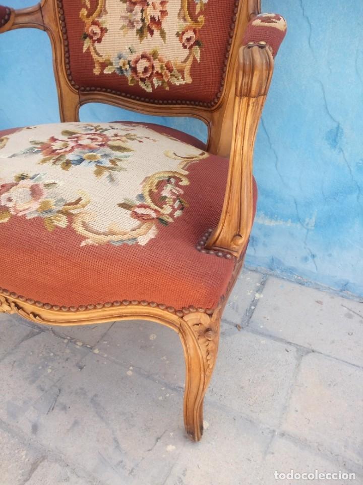 Antigüedades: Antiguo sillon de roble tallado,tapizado bordado a mano,isabelino,de muelles,siglo xix - Foto 12 - 172638064
